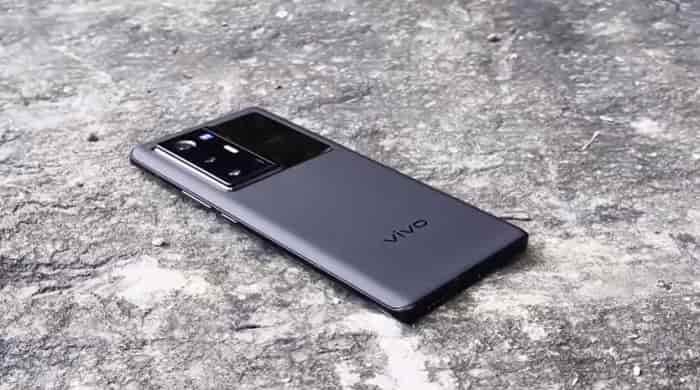 Vivo представила миру смартфоны X70 и X70 Pro